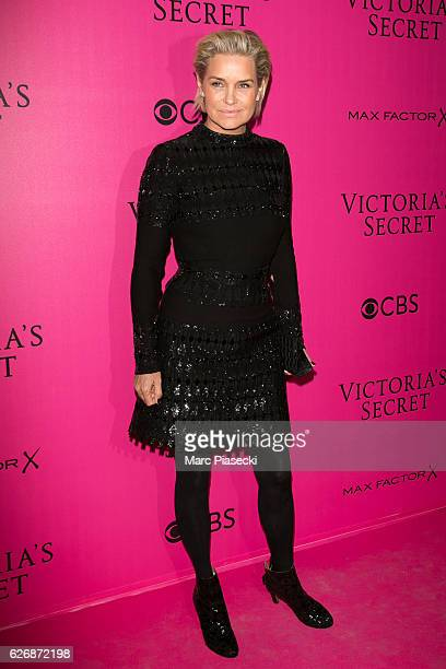 Yolanda Hadid attends '2016 Victoria's Secret Fashion Show' Pink carpet photocall at Le Grand Palais on November 30, 2016 in Paris, France.