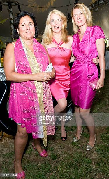 Yolanda Merchant Betsy McCaughey and Daniela Zahriadinikova attends Sunflowers After Hours at a private residence on August 9 2008 in Southampton New...