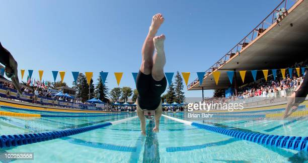 Yolane Kukla dives into the water for the start of the 18th heat of the womens 50 meter freestyle prelims at the XLIII Santa Clara International...