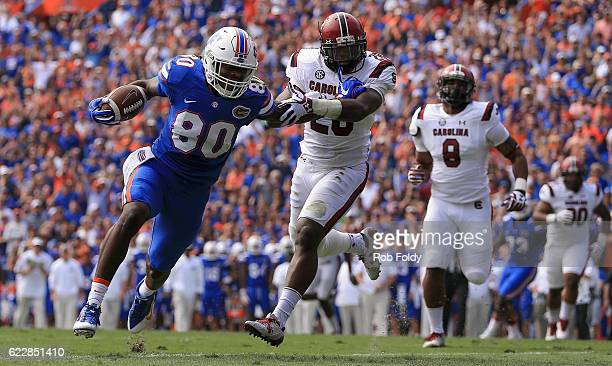 C'yontai Lewis of the Florida Gators rushes for a touchdown during the first quarter of the game against the South Carolina Gamecocks at Ben Hill...