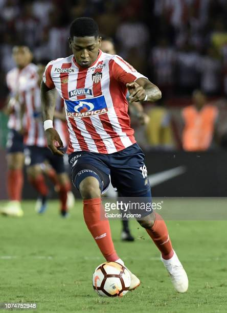 Yony Gonzalez of junior in action during the semifinal second leg match between Junior and Independiente Santa Fe as part of Copa CONMEBOL...