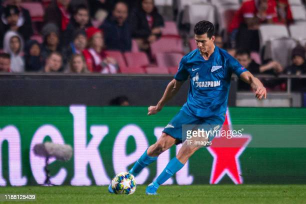 Yordan osorio of Zenit St Petersburg controls the ball during the UEFA Champions League group G match between SL Benfica and Zenit St Petersburg at...