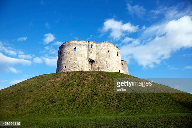 york castle, clifford's tower - tower stock pictures, royalty-free photos & images