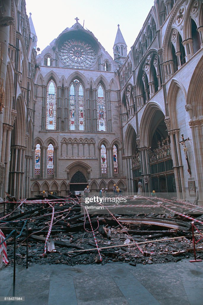 York Minister Fire Aftermath : Foto jornalística