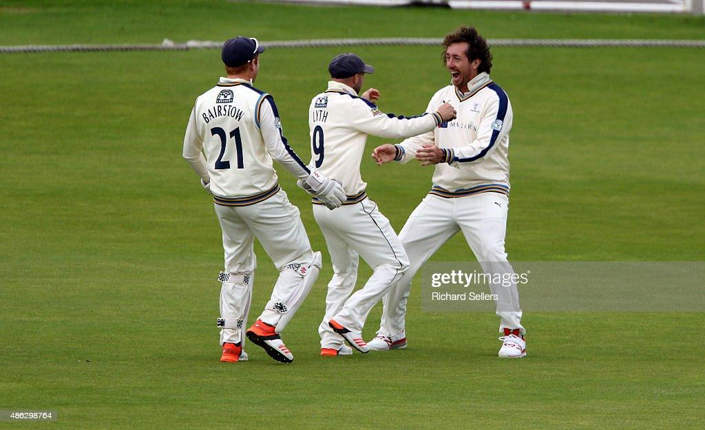 Yorkshire v Somerset - LV County Championship : News Photo