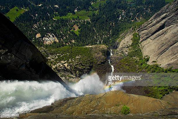 yosemite falls birdseye view - don smith stock-fotos und bilder