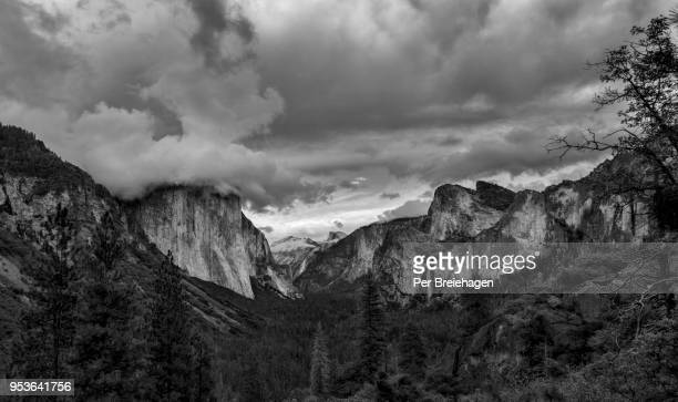 yosemite valley with couds-black and white_yosemite - yosemite valley stock photos and pictures