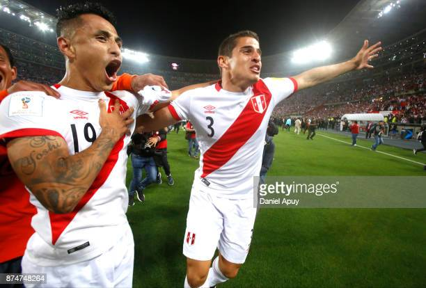 Yoshimar Yotun and Aldo Corzo of Peru elebrate the qualification after a second leg match between Peru and New Zealand as part of the 2018 FIFA World...