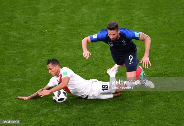 Yoshimar Yotun of Peru collides with Olivier Giroud of France during the 2018 FIFA World Cup Russia group C match between France and Peru at...