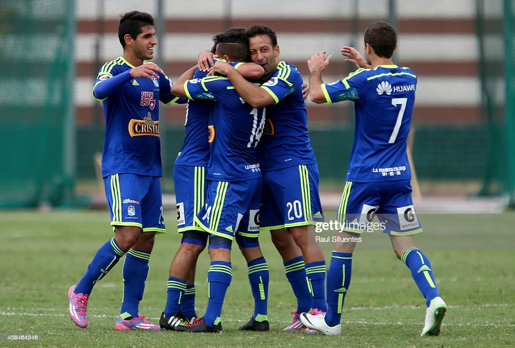San Martin v Sporting Cristal - Torneo Clausura 2014