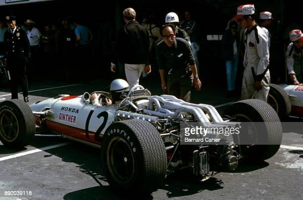 Yoshio Nakamura Richie Ginther Honda RA273 Grand Prix of Mexico Autodromo Hermanos Rodriguez Magdalena Mixhuca 23 October 1966 Yoshio Nakamura...