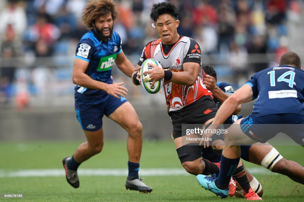 Yoshitaka Tokunaga #6 of Sunwolves is tackled during the Super Rugby Round 9 match between the Sunwolves and the Blues at the Prince Chichibu Memorial Ground on April 14, 2018 in Tokyo, Japan.