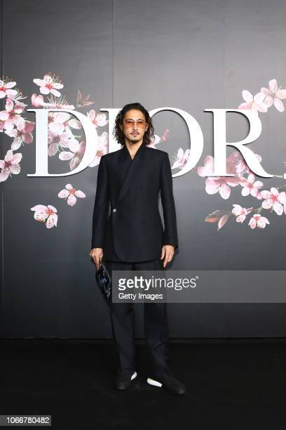 Yosuke Kubozuka attends the photocall at the Dior Pre Fall 2019 Men's Collection on November 30, 2018 in Tokyo, Japan.