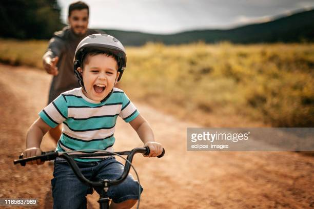 you are ready to go alone - cycling stock pictures, royalty-free photos & images