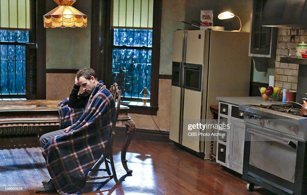 Elementary pictures getty images you do it to yourself sherlock jonny lee miller investigates solutioingenieria Images