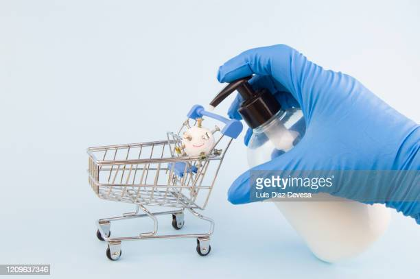 you fight against the coronavirus by washing your hands with soap and water - dettol stock pictures, royalty-free photos & images