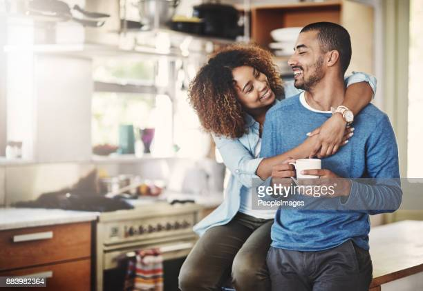 you make me a happy man - at home imagens e fotografias de stock