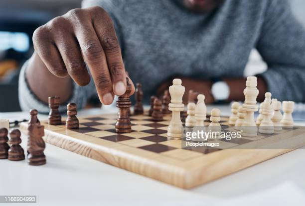 you only win by knowing your opponent's next move - chess stock pictures, royalty-free photos & images