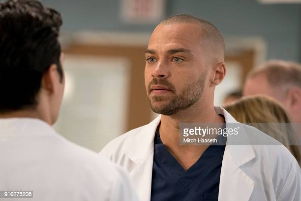 S ANATOMY 'You Really Got a Hold on Me' Seattle firefighters Ben Warren and Andy Herrera head to Grey Sloan after rescuing two boys that are injured...