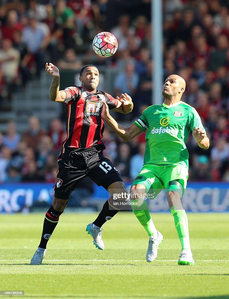 Younes Kaboul of Sunderland (R) challenges Callum Wilson of Bournemouth during the Barclays Premier League match between Bournemouth and Sunderland at the Vitality Stadium on September 19, 2015 in Bournemouth, England.