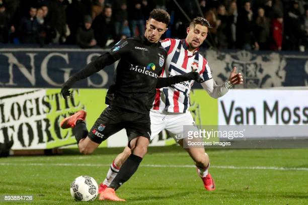 Younes Namli of PEC Zwolle Fran Sol of Willem II during the Dutch Eredivisie match between Willem II v PEC Zwolle at the Koning Willem II Stadium on...