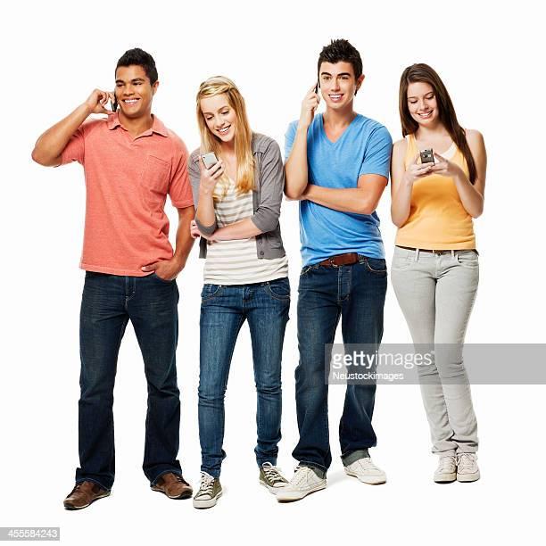 Adultos jóvenes en Cellphones aislado