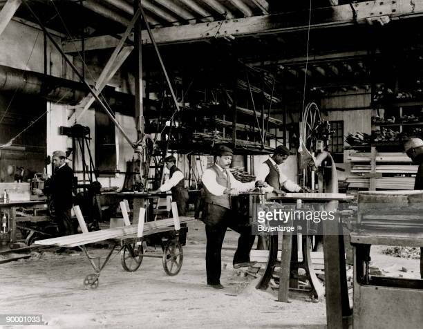 1 034 Woodworking 1800s Photos And Premium High Res Pictures Getty Images