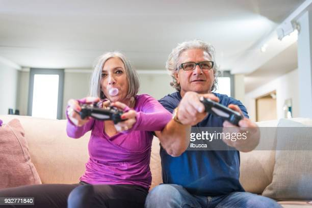 Young at heart grandparents: Playing videogames