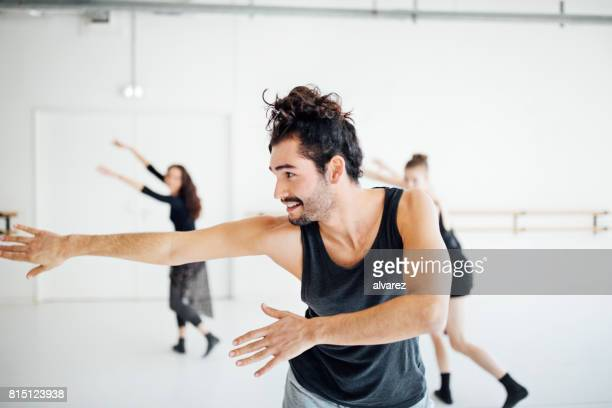 young ballet dancers practicing at dance studio - rehearsal stock pictures, royalty-free photos & images