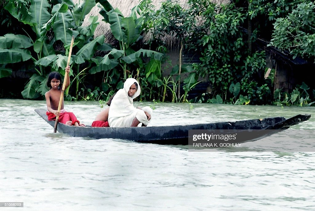 Bangladeshi girl in boat picture 897