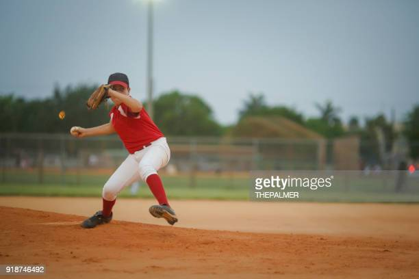 young baseball league pitcher - junior level stock pictures, royalty-free photos & images