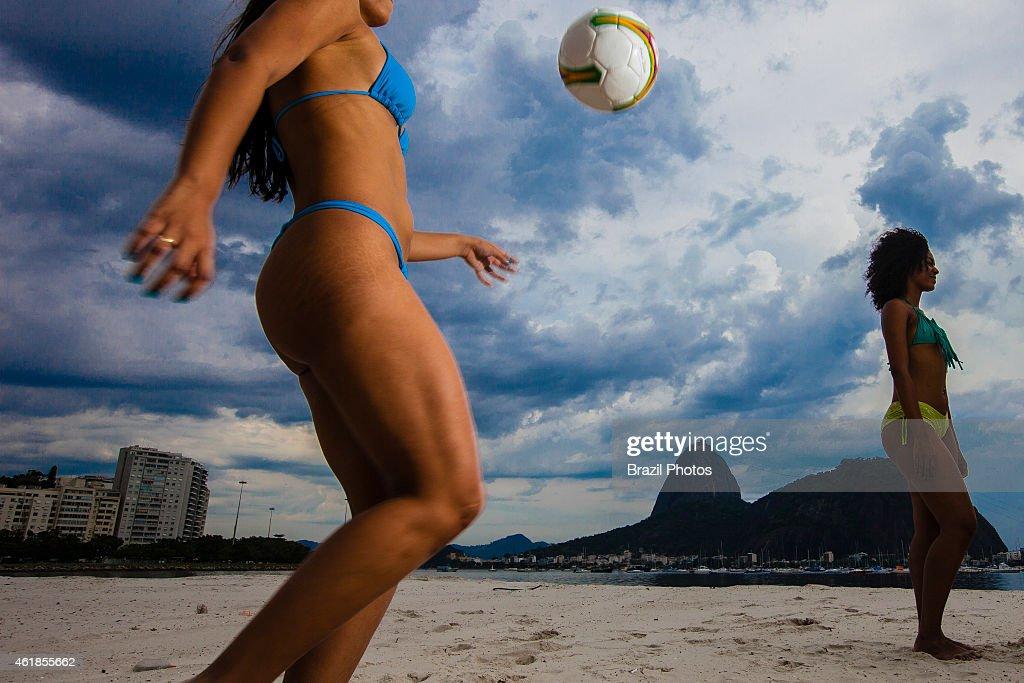 Young Beautiful Brazilian Women Play Soccer At Botafogo News Photo