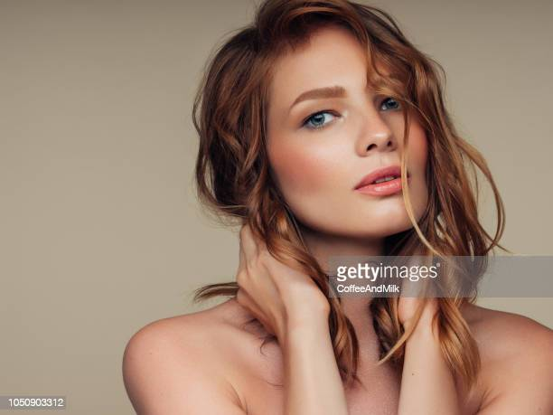 young beautiful woman - good condition stock pictures, royalty-free photos & images