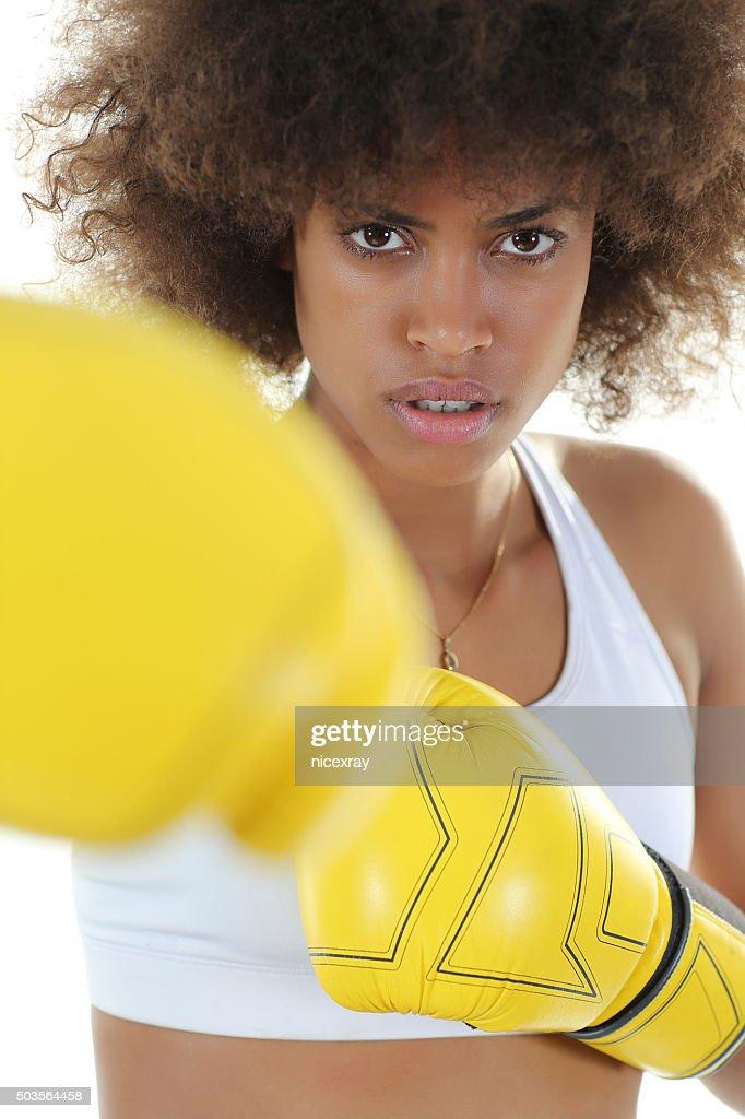 Schwarze Teenager kämpfen Große Beute schwarze Freundinnen