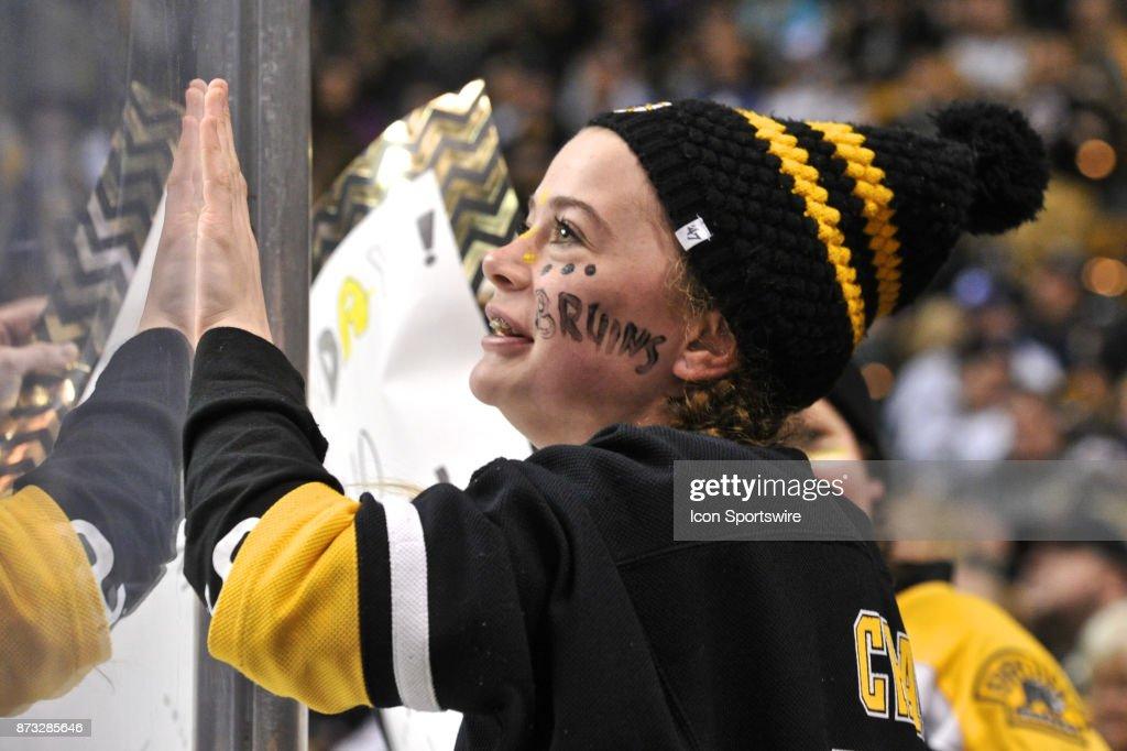 NHL: NOV 11 Maple Leafs at Bruins : News Photo