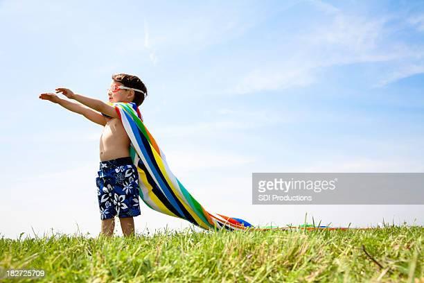 Young Boy の芝生が、水着でのご利用に