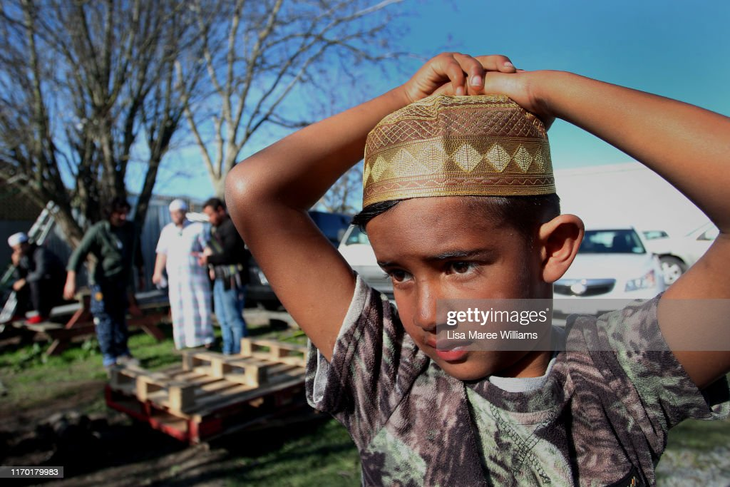 A young boy looks on as Maori Muslims prepare a traditional Maori... News  Photo - Getty Images