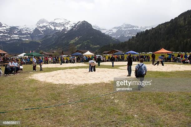Jungen Ringen Spiel, Lenk, Berner Alpen