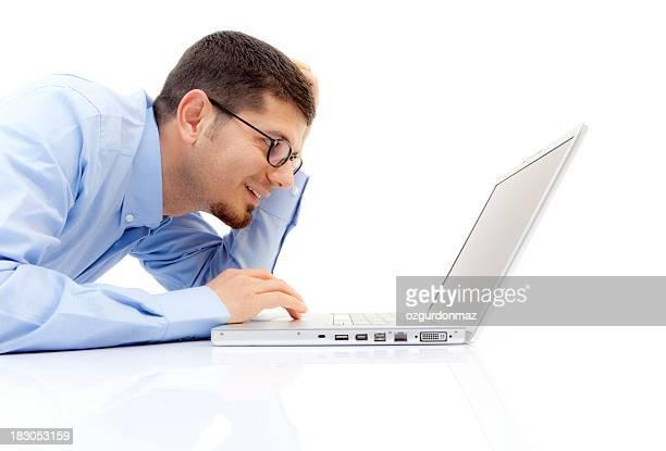junger geschäftsmann mit laptop - elegante kleidung stock-fotos und bilder