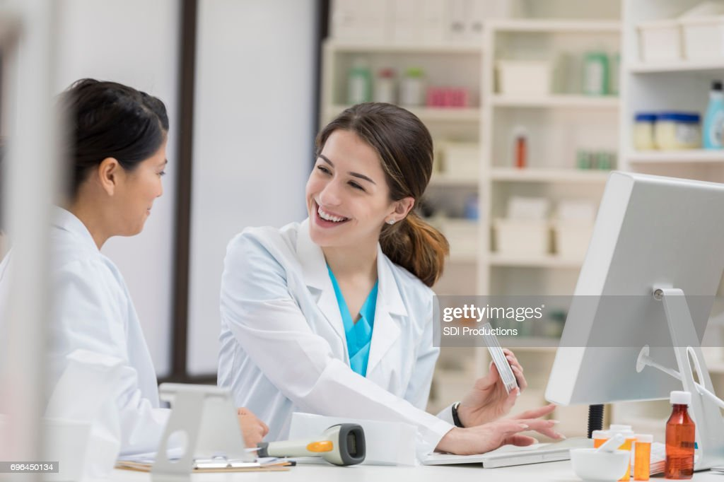 uses of computer in pharmacy