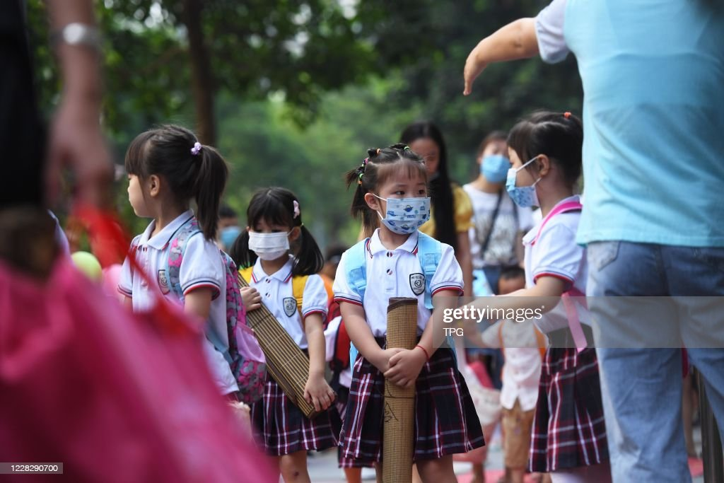 Young children go back to the kindergarten as the COVID-19 virus is gone in Chongqing,China on 01th September, 2020 : News Photo