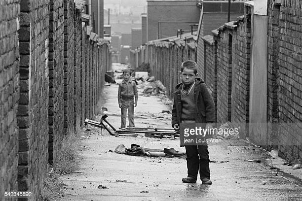 Young children in a Belfast street