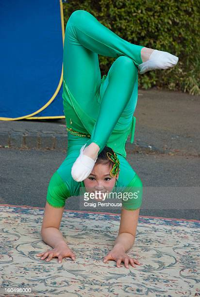 Young contortionist busking in Ueno Park.