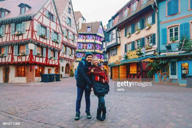 Jeune couple jouir à Colmar, France