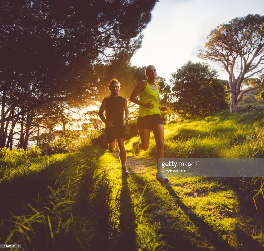 Young couple jogging : Stock Photo