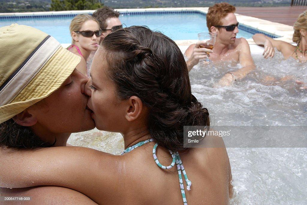 Kissing Tub