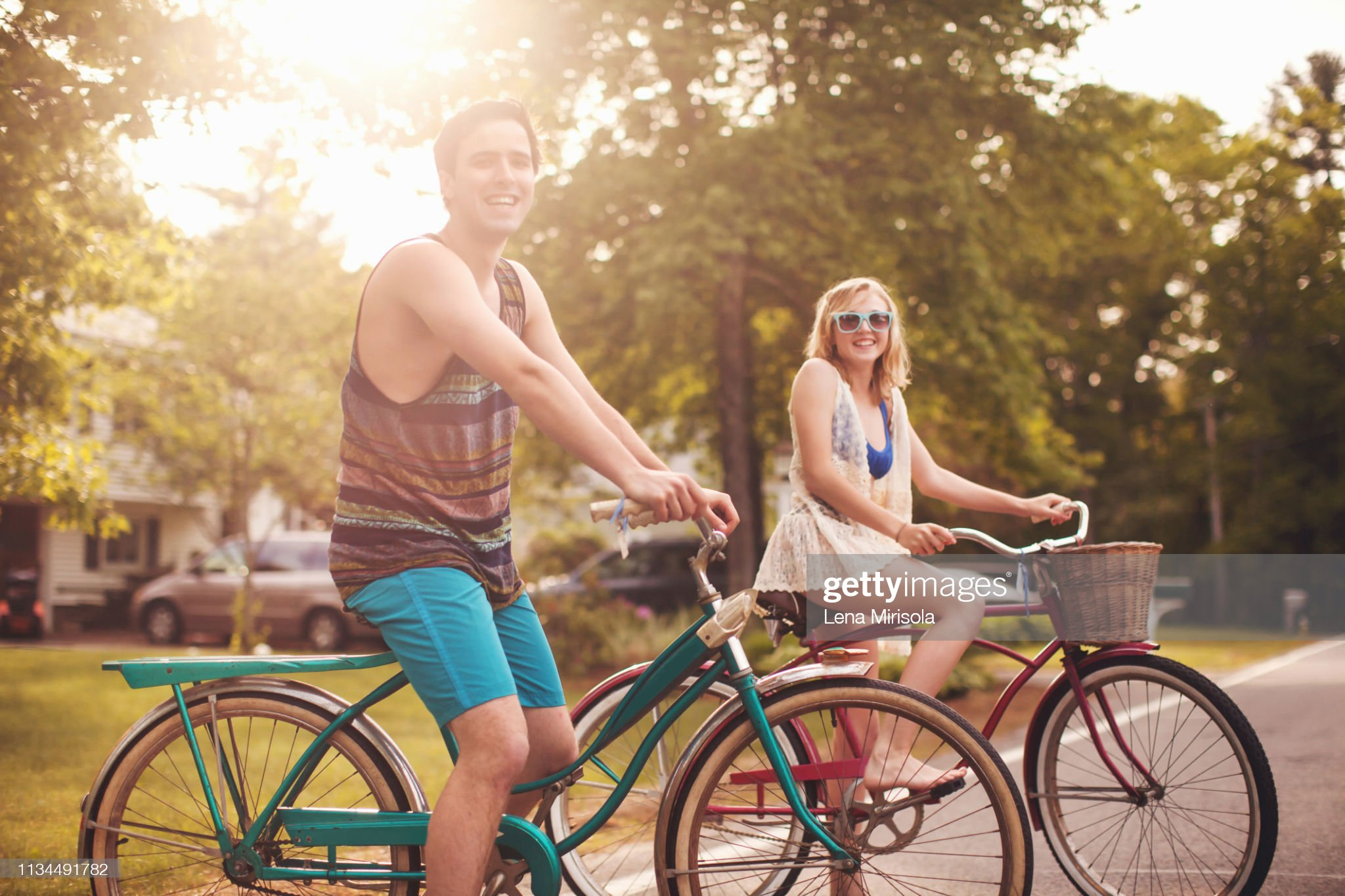 https://media.gettyimages.com/photos/young-couple-on-bikes-picture-id1134491782?s=2048x2048