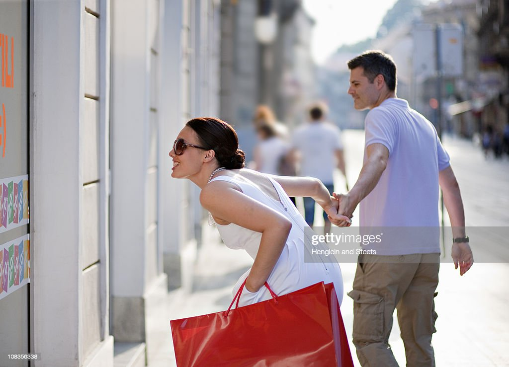 Young couple shopping : Stock Photo