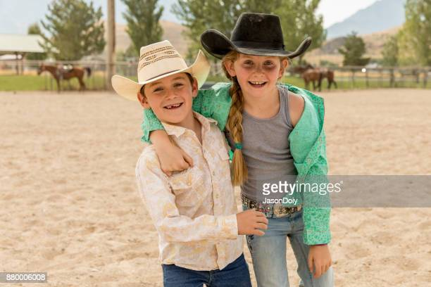 Jonge Cowboys en Cowgirls van de jonge