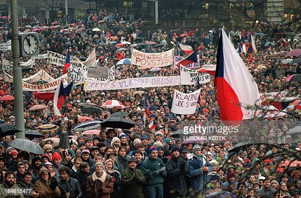 Young Czechoslovak students shout 22 November 1989 in support of Vaclav Havel for presidency during protest rally at Wenceslas Square in Prague...